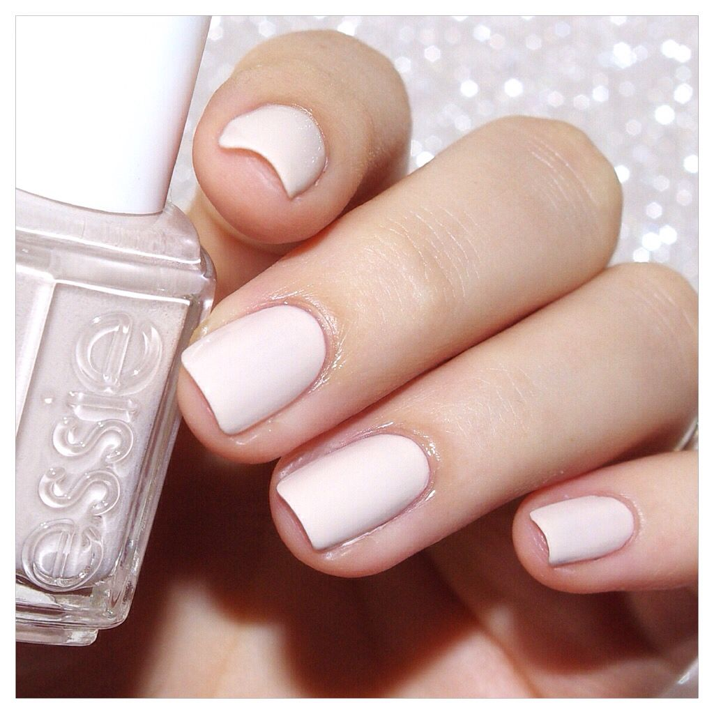 Bulleuw / Wrap me Up by Essie