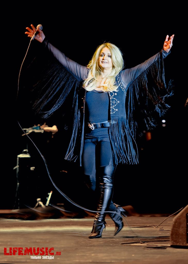 #bonnie tyler #rock #moscow #tony blackberry #2012 #life music