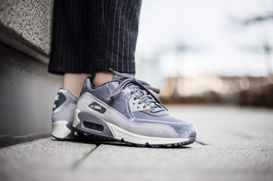 5be3785fb0 NIKE AIR MAX 90 LX W GUNSMOKE, GREY & WHITE LIMITED EDITION SNEAKERS ALL  SIZES
