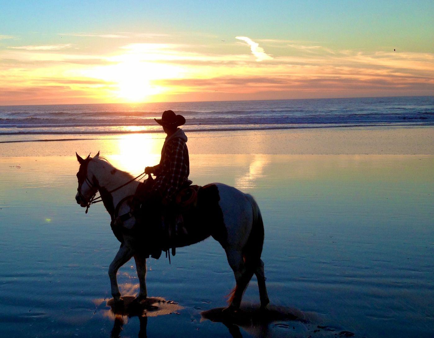 Mar Vista Les Horseback Riding On The Beach Daly City Ca San Francisco