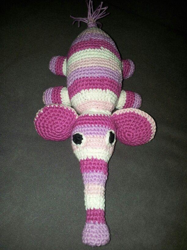 Hæklet baby elefant