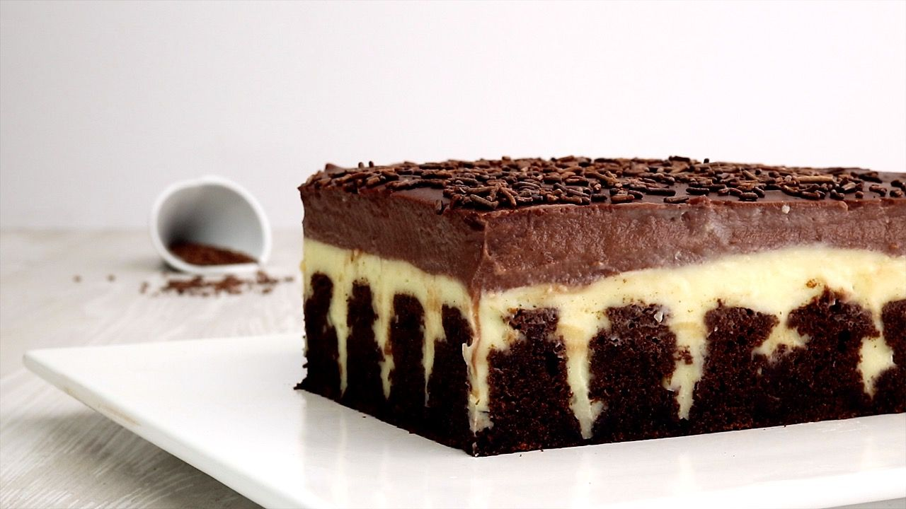 Video and recipe: Chocolate pudding cake, a cooking video | Club of Cooks