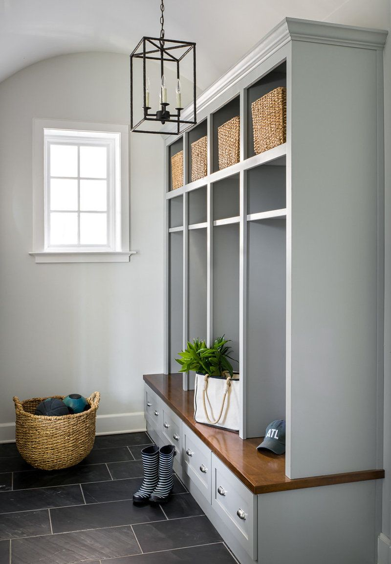 Terrific Light Gray Mudroom Cubbies With A Wood Bench And Drawers Inzonedesignstudio Interior Chair Design Inzonedesignstudiocom