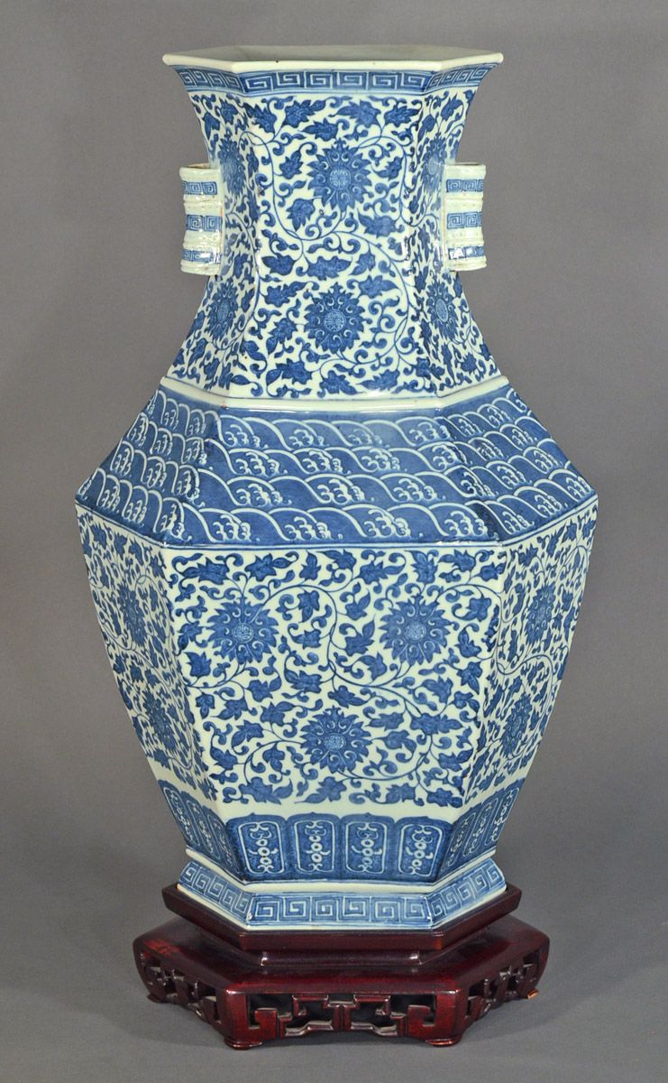Chinese vases blue and white go to chinesefurnitureshop for chinese vases blue and white go to chinesefurnitureshop for even more amazing furniture floridaeventfo Images