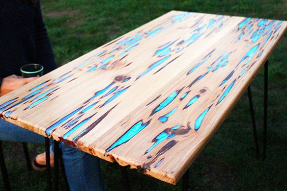HOW TO: Make A Stunning Wooden Table With Glow-in-the-dark