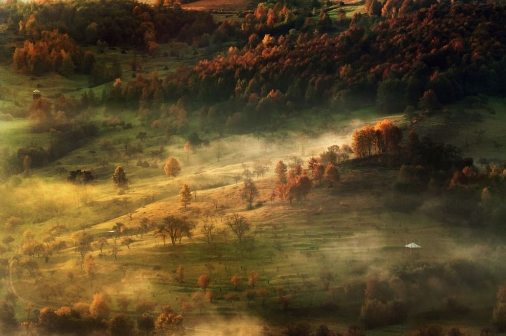 Pin By Veeroja Liina On Красота Pinterest - This man hikes up the transylvanian mountains every morning to photograph sunrise