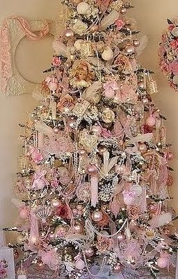 shabby in love christmas tree decorating ideas pearls - Pink Christmas Tree Decorations