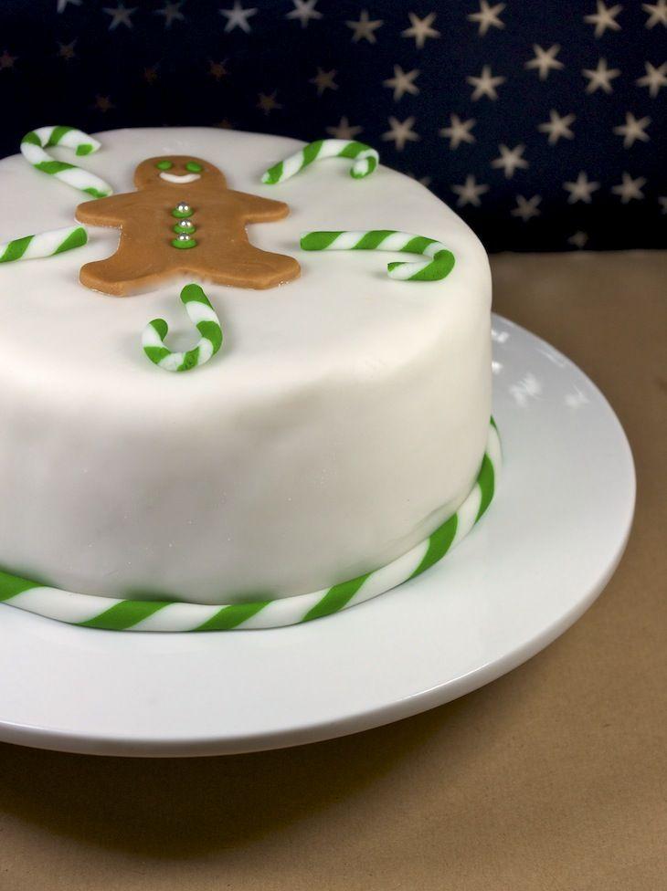 gâteau de noël décoration en pâte à sucre | cake design