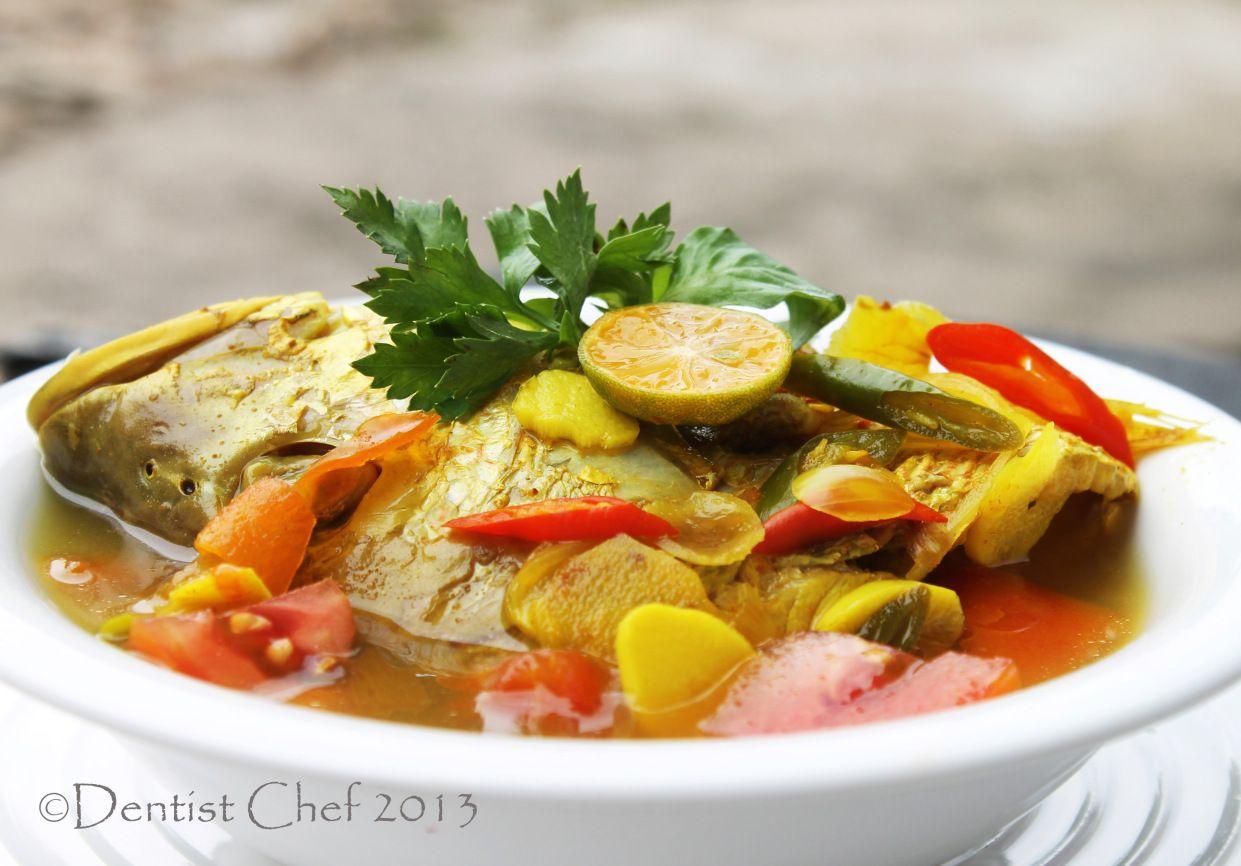 Resep Palumara Ulu Juku Spicy Red Snapper Fish Soup Recipe With Tomato Chilli Tamarind Lemongrass And Turmeric Based Seasoning Soup Dish Stuffed Peppers Fish Curry