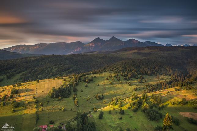 * Hory svetlom maľované * -  Foto by Jozef Sádecký