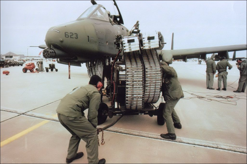 A 10 Warthog Armament | Fairchild A-10 Thunderbolt II ...