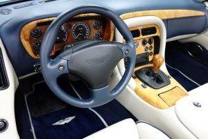 Aston Martin DB7 Vantage Volante V-12