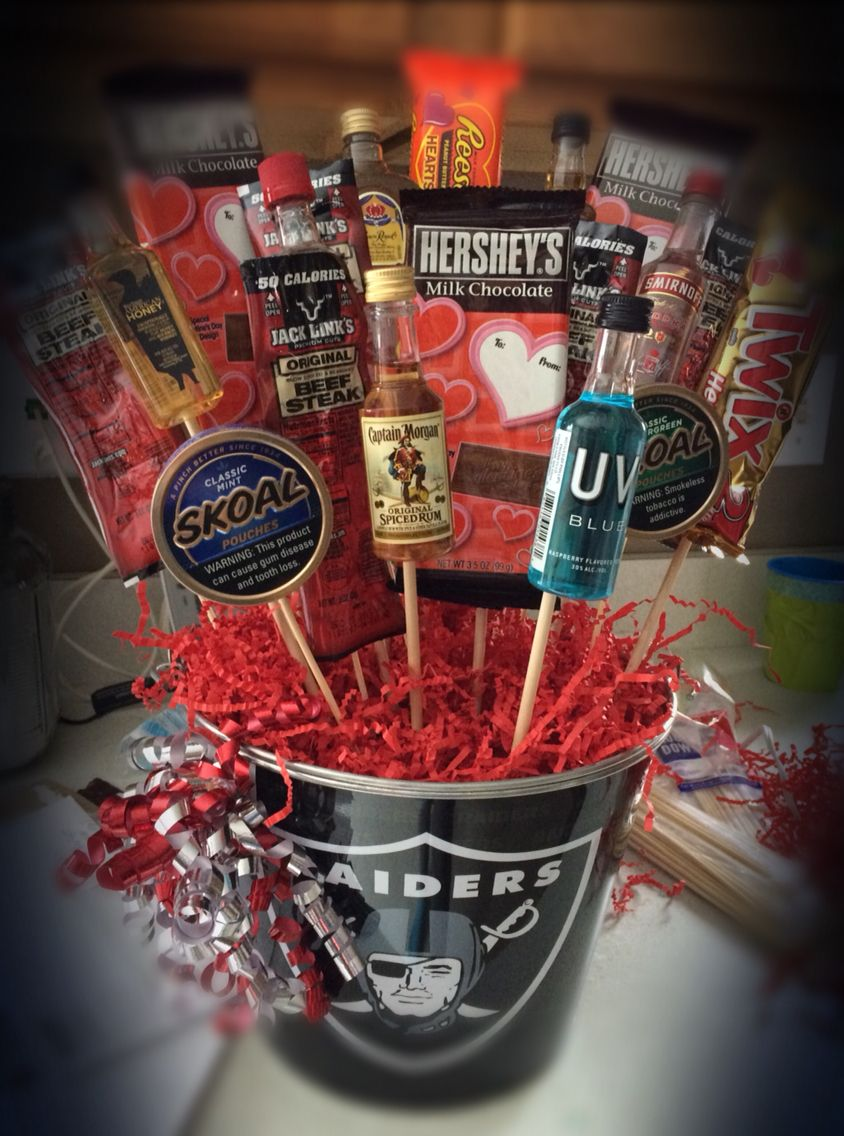 Man Bouquet Liquor Jerky Tobacco Amp Candy In A Beer