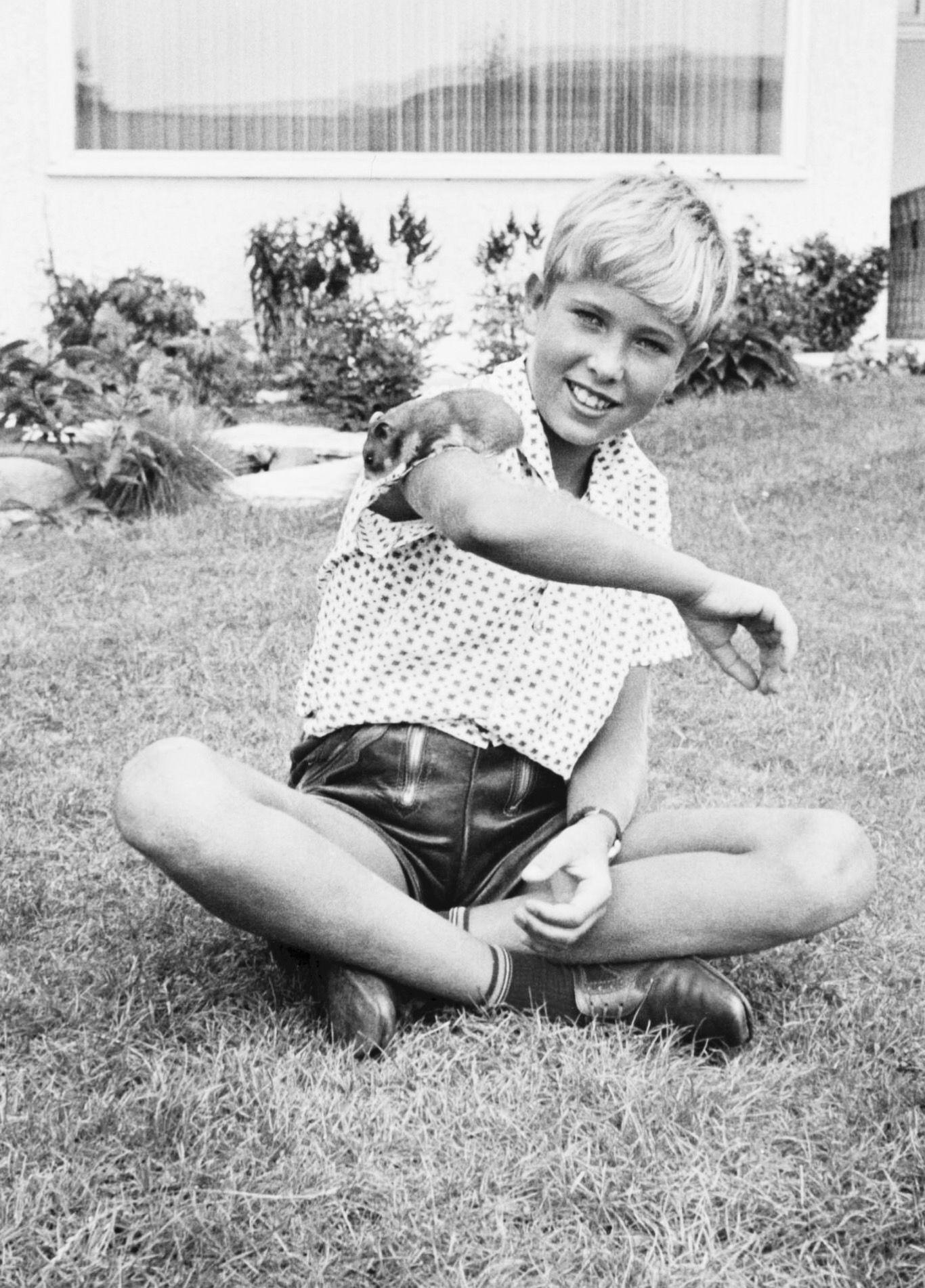 teen-boys-shorts-short-preety-pinay-huge