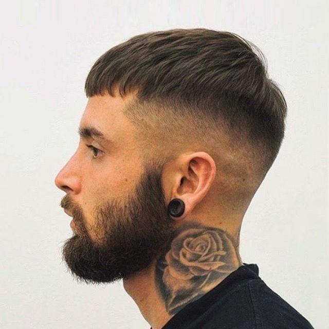 20 Stylishe Mannerfrisuren Mit Bart Haarschnitt Manner Manner Frisur Kurz Mannerhaare