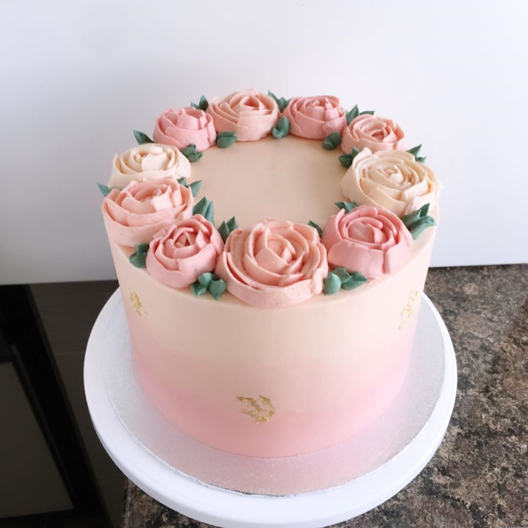 Pink Flower Ombre Cake Buttercream Birthday Cake Birthday Cake With Flowers Pretty Birthday Cakes