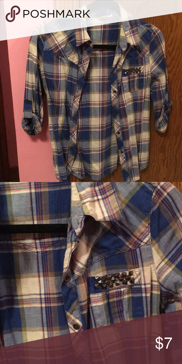 6bf2c3568047 Flannel half sleeve Blue and cream colored shirt Mudd Tops Button Down  Shirts
