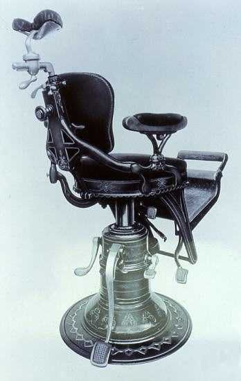 Old dentist chair http://youtu.be/GMEx_cYb4RE