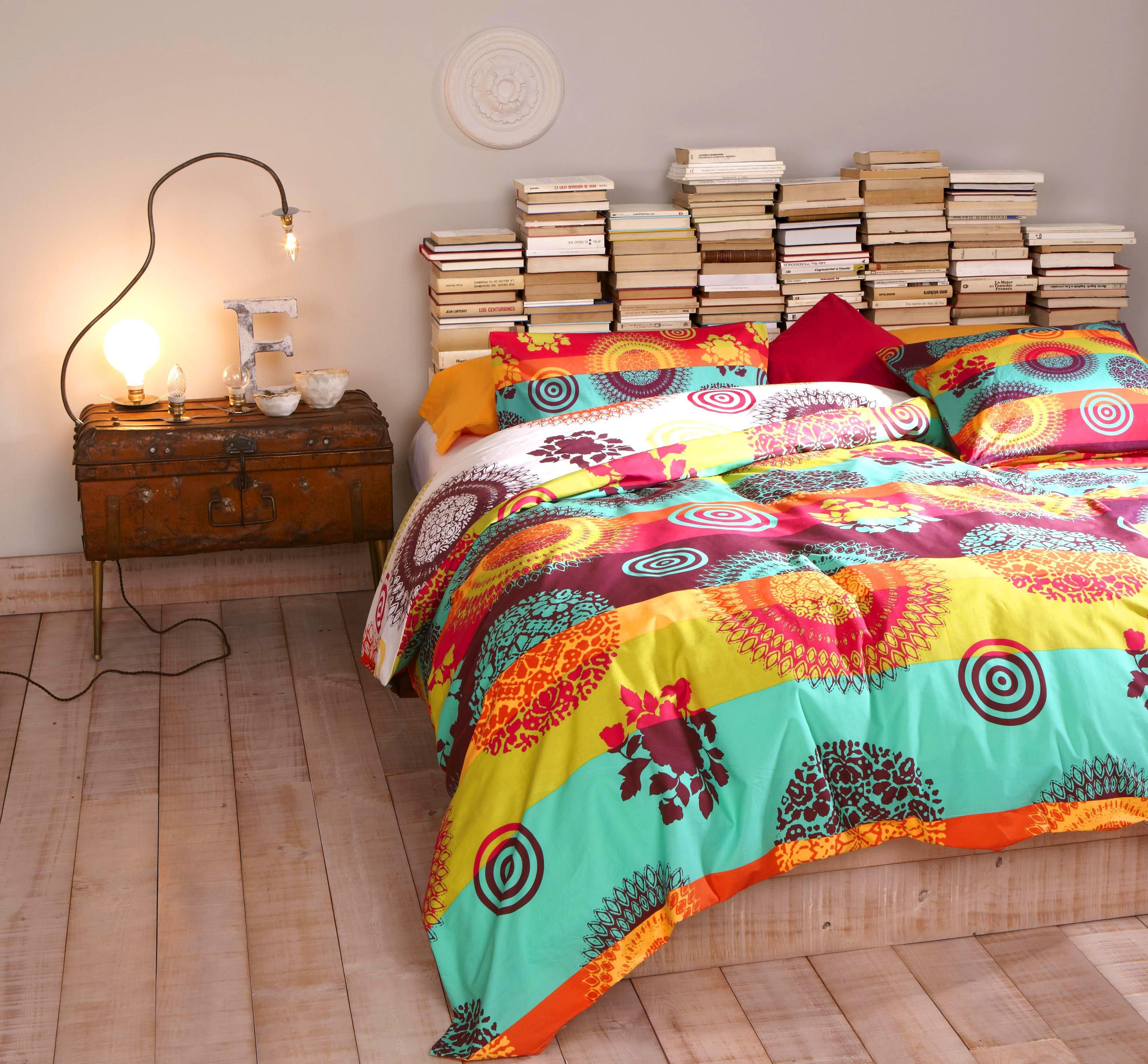Bedroom With Desigual Bedding Wohnen, Zuhause, Dekoration, Bettdecke,  Oberkochen, Nachttisch,