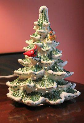Medium Doves Birds Ceramic Christmas Tree 10 Lights Bulbs Vintage
