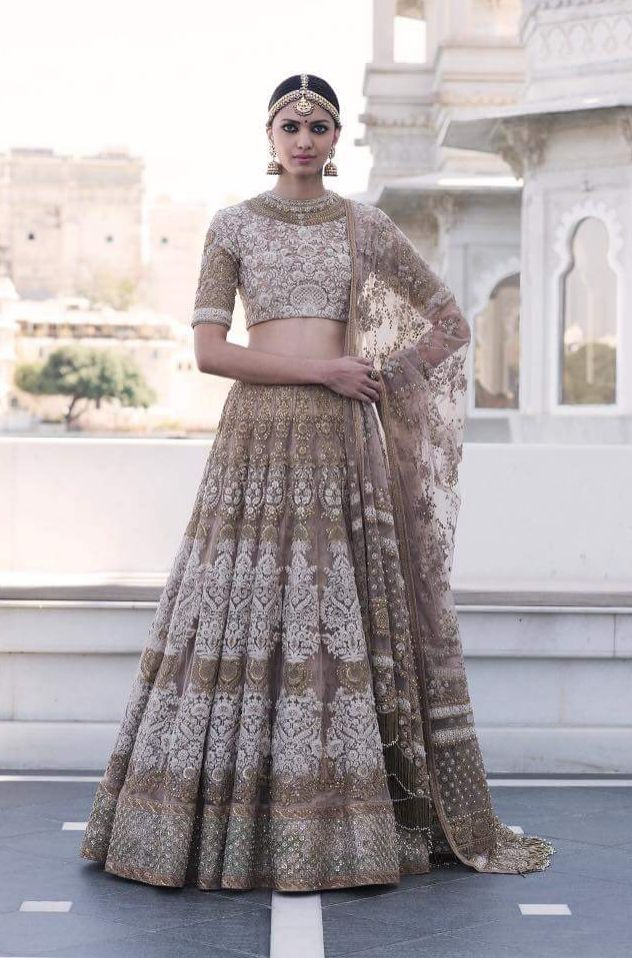 The Udaipur Collection by Sabyasachi Mukherjee   Spring Couture 2017 ...