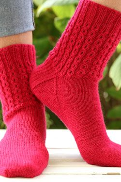0f31901d269a F752 | Plymouth Yarn. Happy Feet 100 socks. Free Pattern Download ...