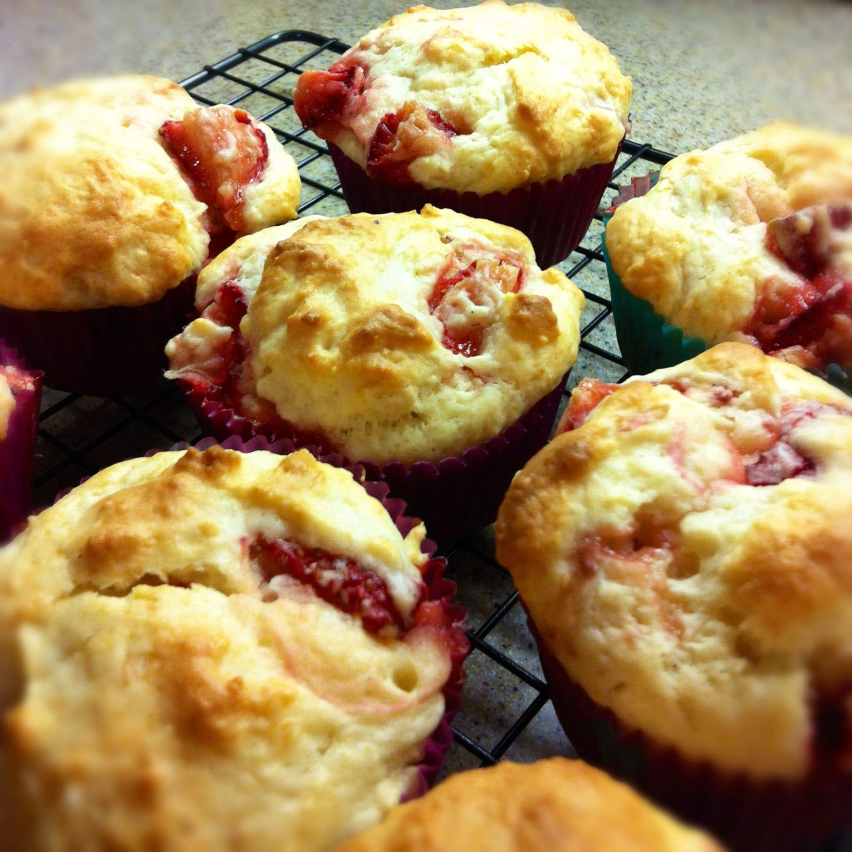 Low fat strawberry muffins :)