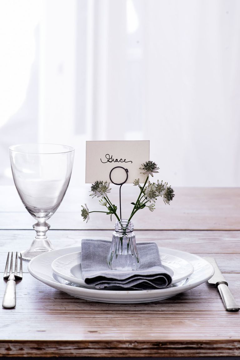 Thanksgiving Dinner Place Card Ideas Wire Holder