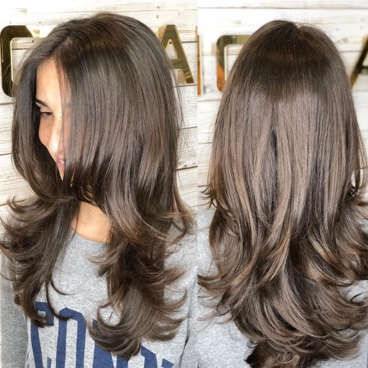 Gestufte Haare Lang Stufen Bewegung Gesundes Haar Hairstyles Haarschnitt Lange Haare Haarschnitt Gestufte Haare