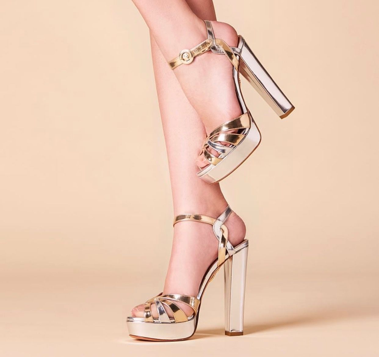 Aquazzura Stiletto 2019  shoes  shoesaddict  sandals  zapatos  estilo   fashion  style  vanessacrestto  stiletto 66273b595db0