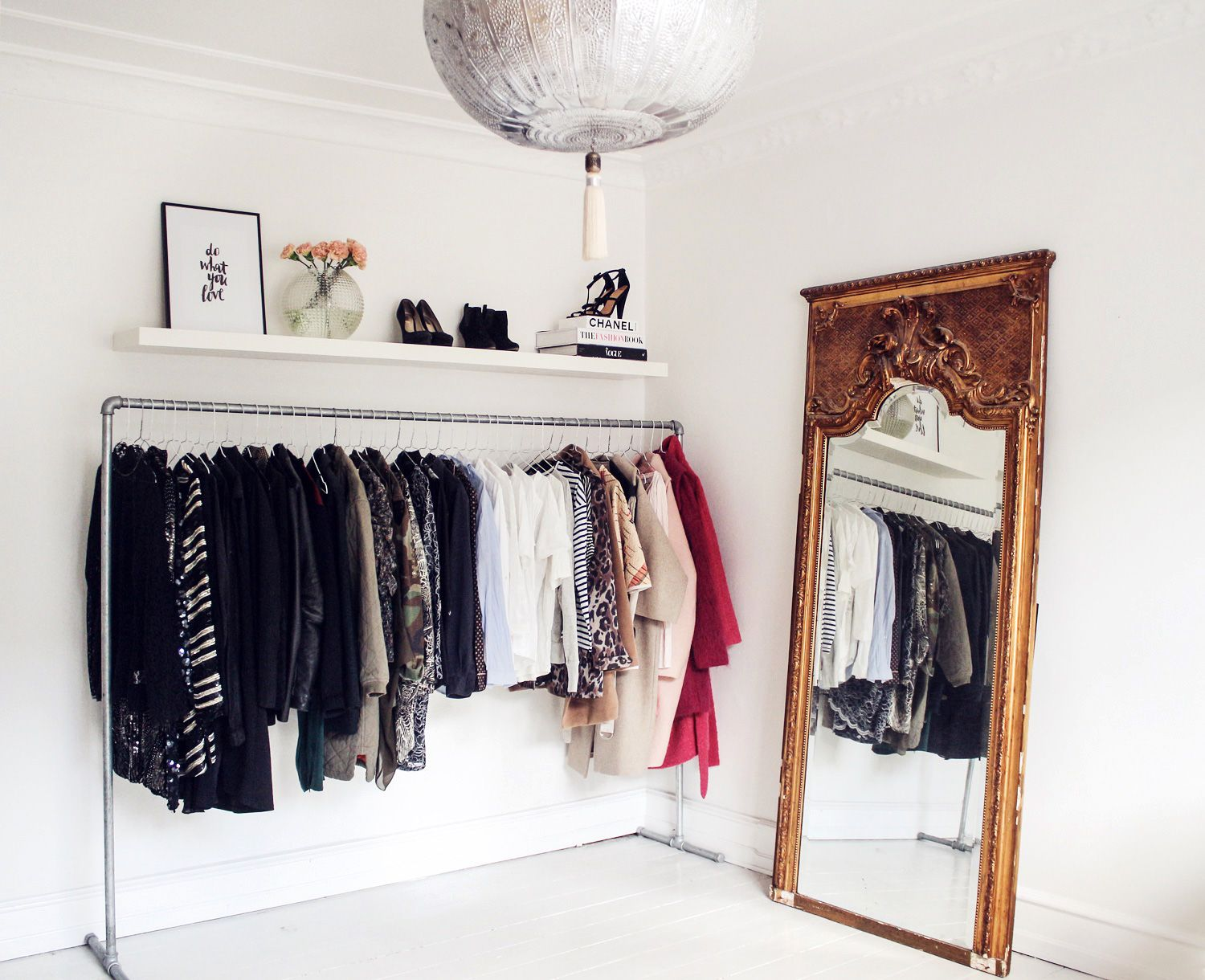 How to organize your wardrobe Christina Dueholm