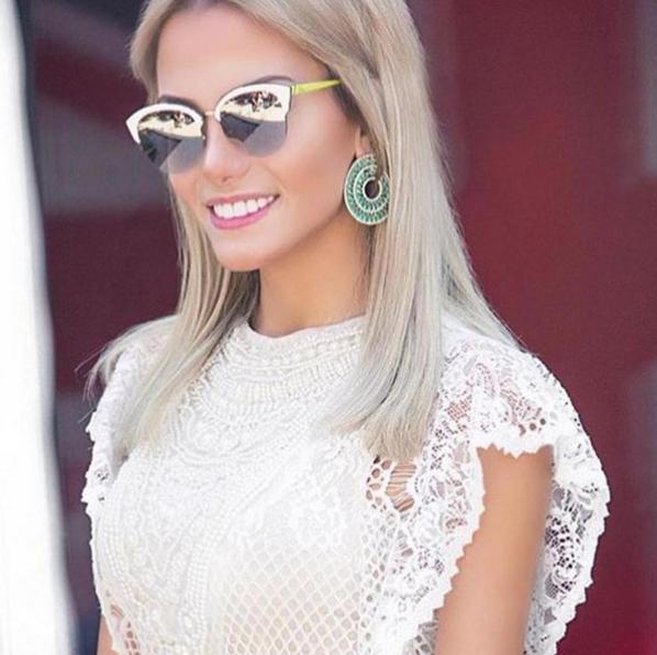 1e6858d83ae5c A  blogger  fesena escolheu o maravilhoso  Dior Run na cor branca. Nós  adoramos e vocês