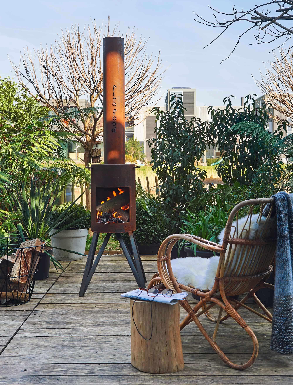 buitenhaard vuurkorf kleine tuin loungeplek