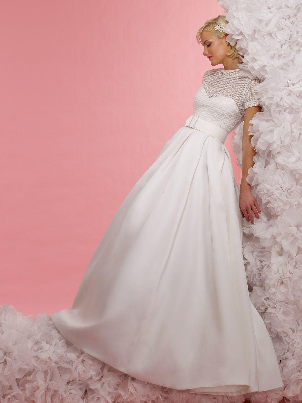 Pin de Laureana Bonaparte en Weddings and Gowns | Pinterest | Traje ...