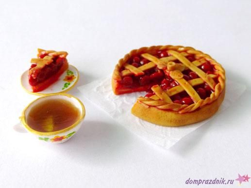 Miniature Cherry Pie Tutorial by Kolika