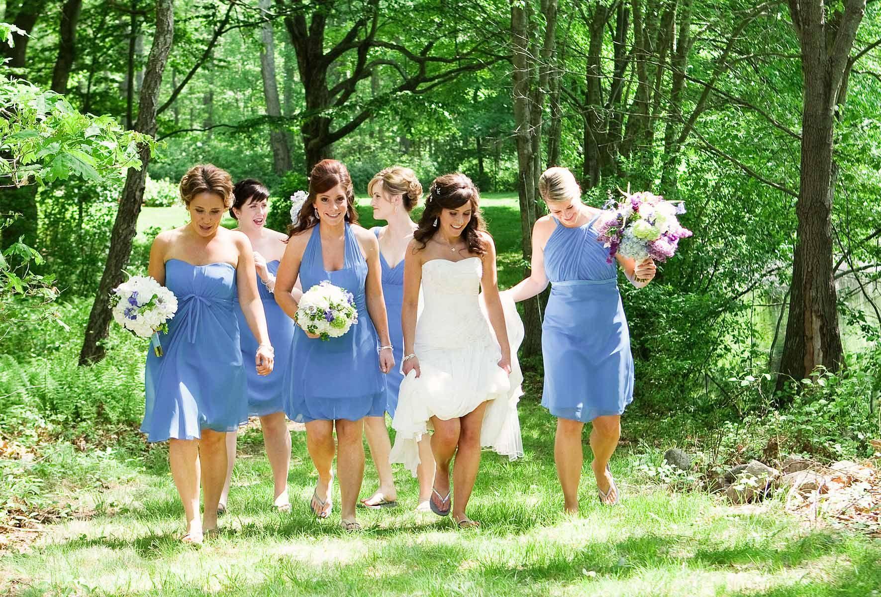 Short periwinkle blue bridesmaids dresses photo by the photo short periwinkle blue bridesmaids dresses photo by the photo agency wedding ombrellifo Image collections