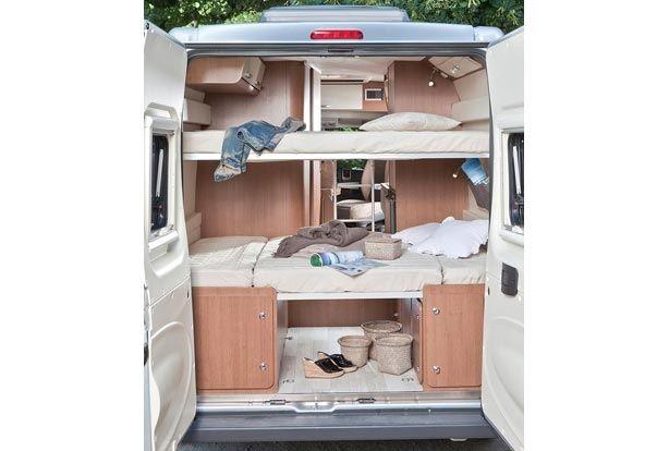 Des lits superpos s arri re pour 4 couchages am nagement - Camion amenage pour cuisine ...