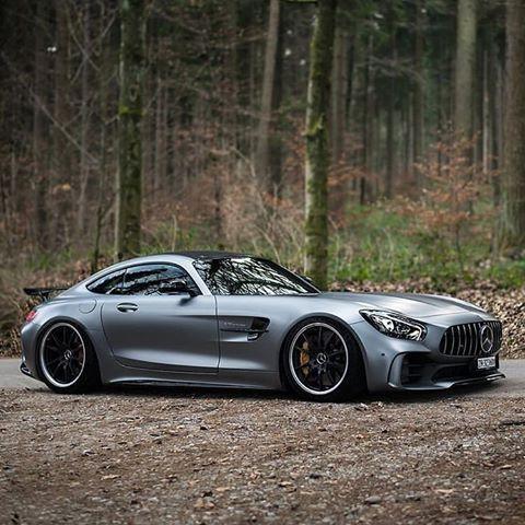 Mercedes Benz AMG GTR | Billonarios De Internet