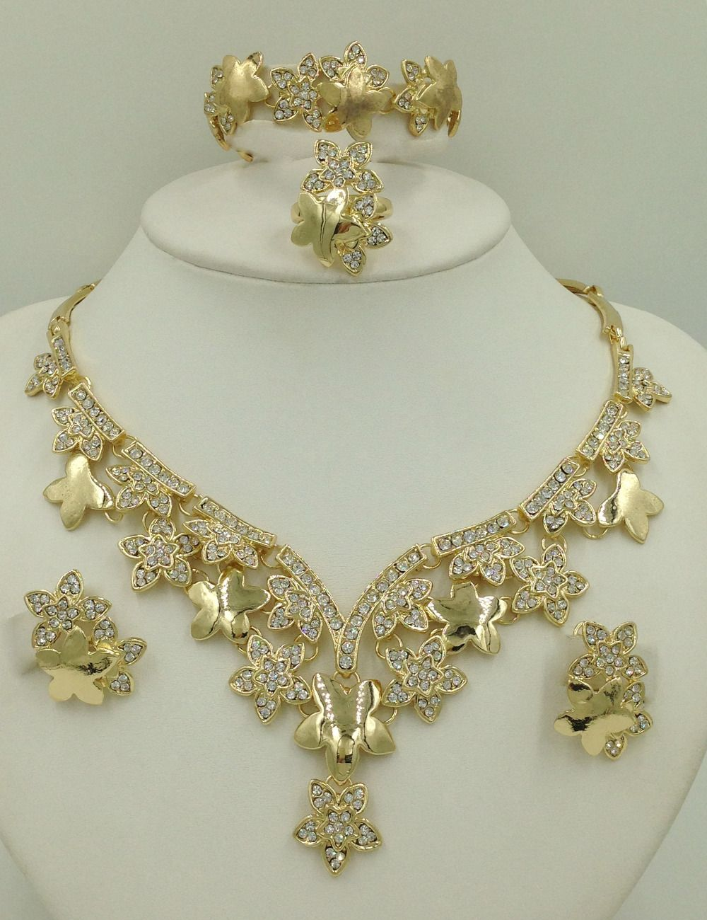 Find More Jewelry Sets Information about 2016 Latest Haute Couture Luxury Jewelry Sets Dubai Gold Plated Jewelry Sets Fashion 18K Costume Jewelry Shiny ... & Find More Jewelry Sets Information about 2016 Latest Haute Couture ...