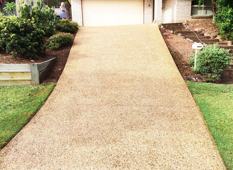 Driveways paths pressure cleaning before after gallery