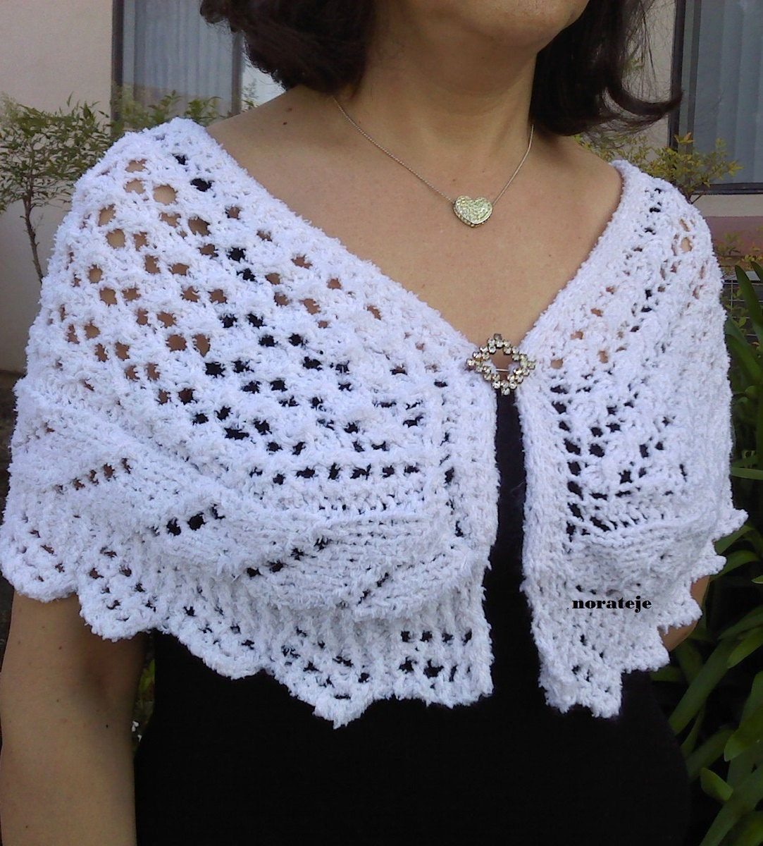 Capelet Knitting Patterns | Tejido, Chal y Capilla