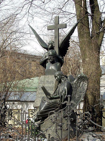The grave of Pyotr Ilyich Tchaikovsky. Tikhvin Cemetery (Тихвинское кладбище) is located at the Alexander Nevsky Monastery, in Saint Petersburg, Russia...... angels