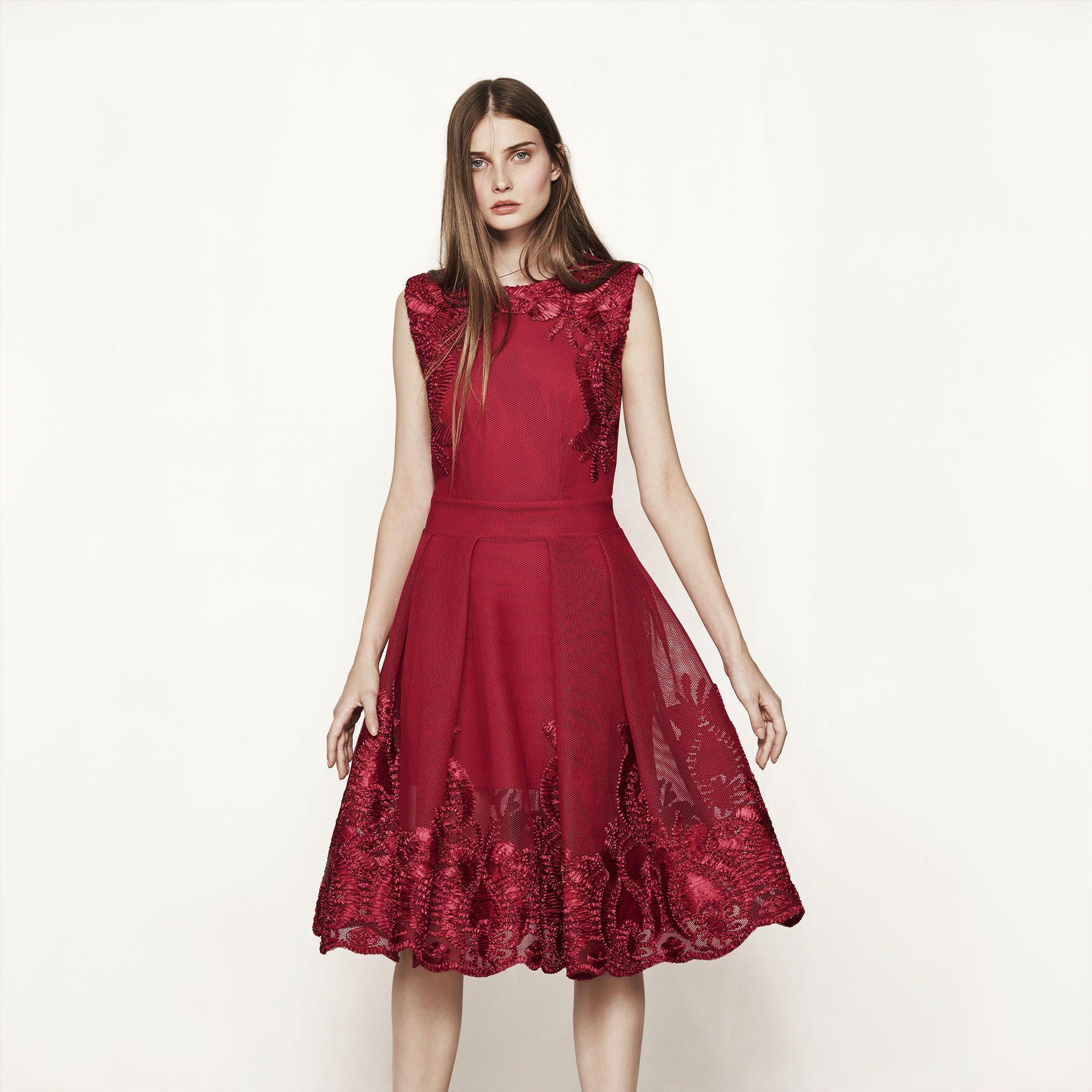 Épinglé sur One day, a dress