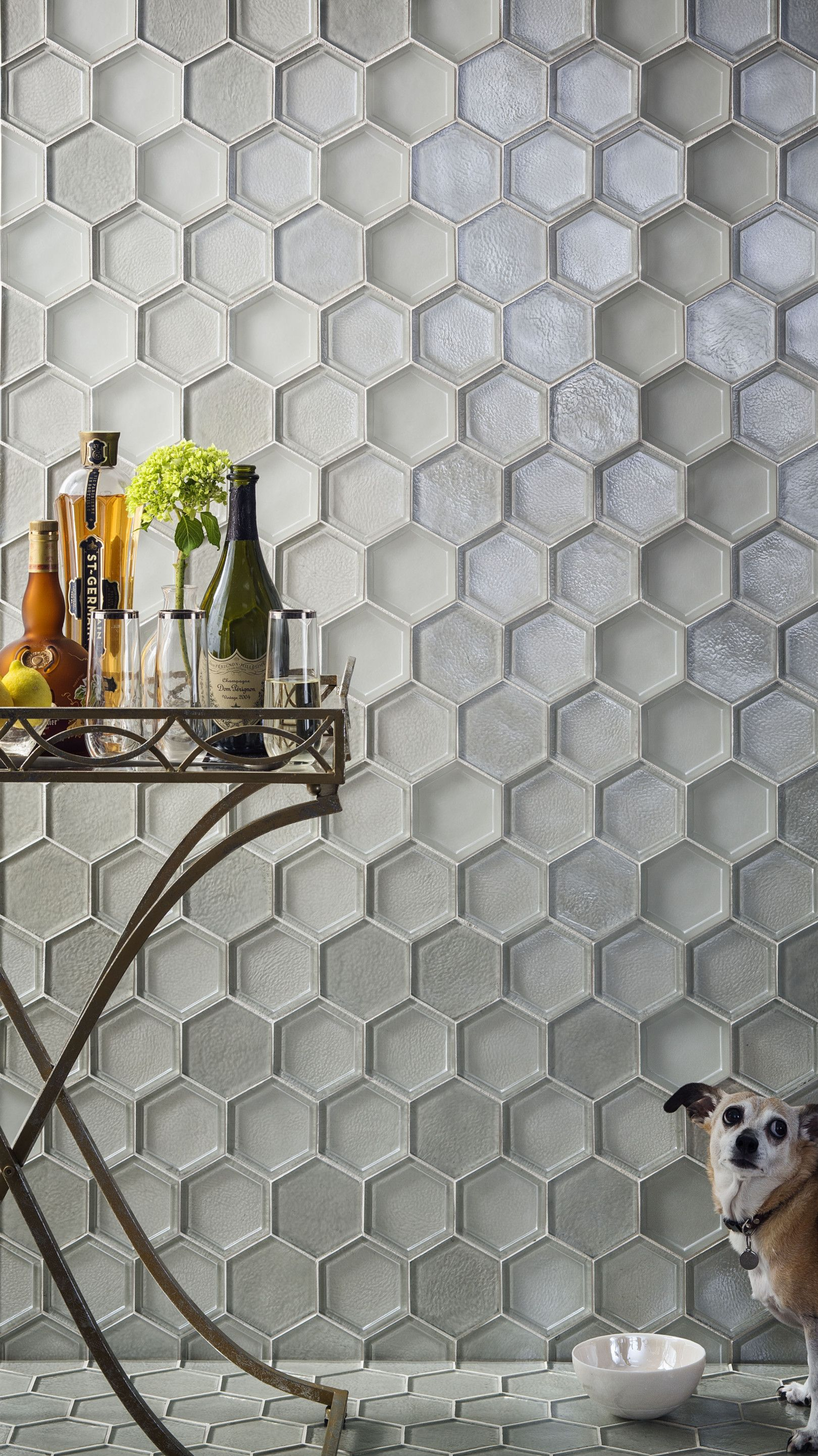 Glass tile tile interior design tozen tile feature for Dimensional tile backsplash