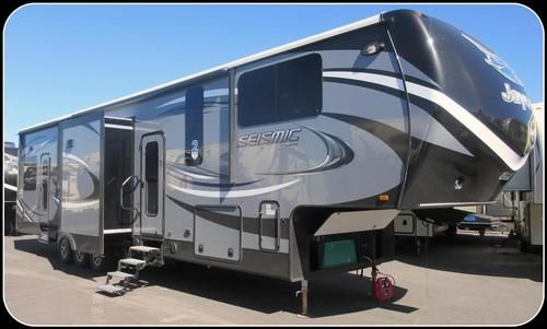 2016 jayco seismic fifth wheel toy hauler patio pinterest