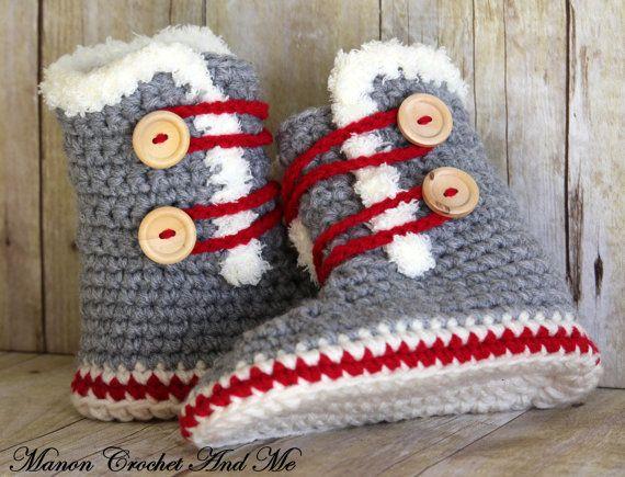 Pantoufles bottes SLippers boots par CrochetAndMe sur Etsy   Baby ... 40a93c3b441c