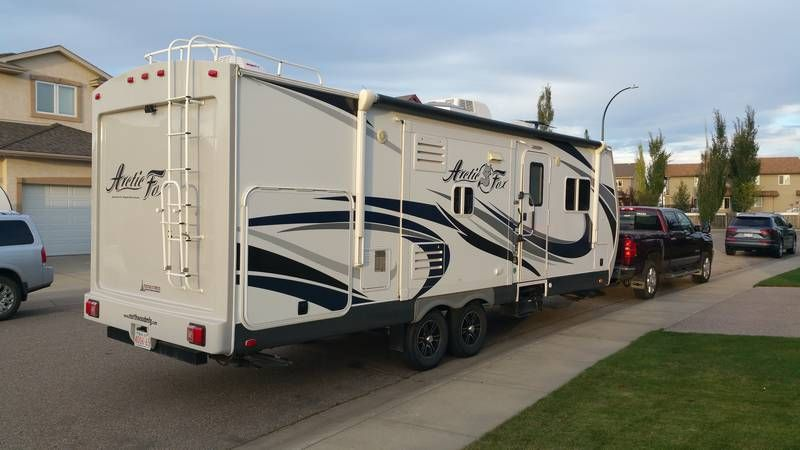 2016 Northwood Arctic Fox Silver Fox Edition 28f For Sale Red