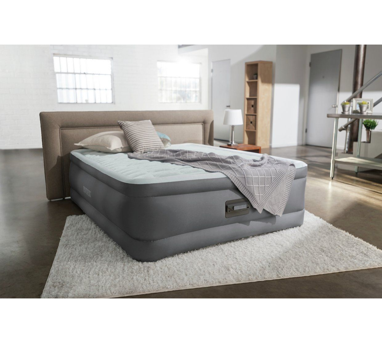 Chauffeuse Intex 110 Intex Queen Premaire Raised Airbed With Pump Air Beds