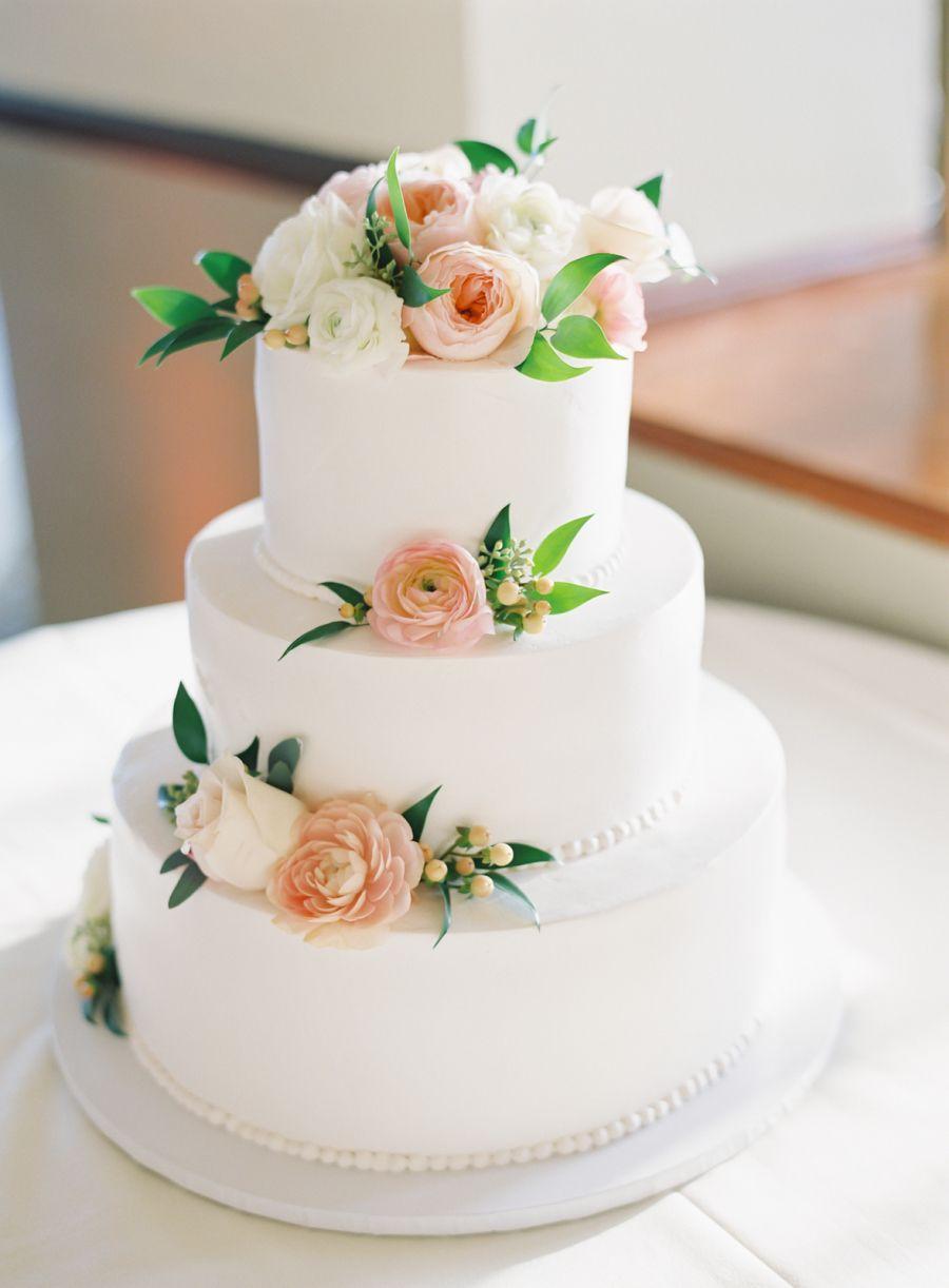 Timeless Bel Air Bay Club Wedding Cake Pinterest Kings Hawaiian Fl Designs And Vaulting