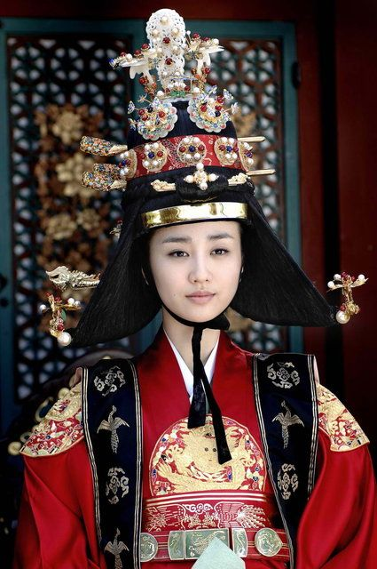 dong yi queen inhyeon queen inhyeon park ha sun �����